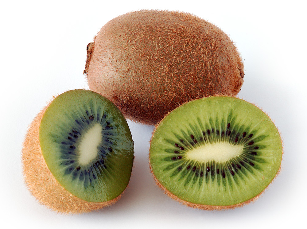 Kiwi sliced in half